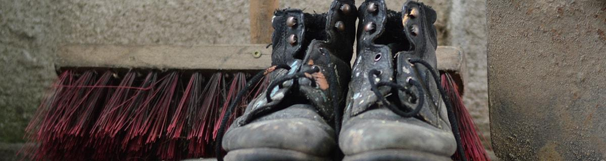 work boots, titus class